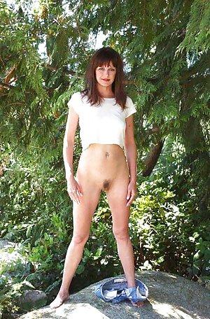 Hairy Pussy MILF Photos