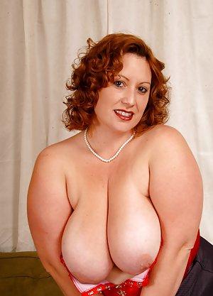 Chubby Hairy Pussy Photos